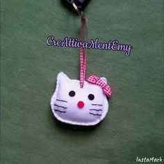 Felt keyring kitty    https://m.facebook.com/profile.php?id=1479341025616453