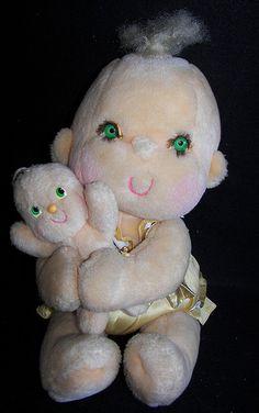 Hugga Bunch Dolls - how creepy were these??