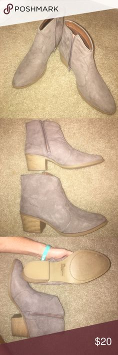 LIKE NEW BOOTIES!! Taupe/brownish color, slightly western styled. Only worn once! In fabulous condition! Goes great with skinny jeans! Bought from online boutique Qupid Shoes Ankle Boots & Booties