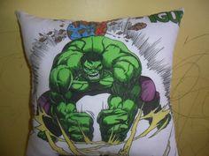 Almofada desenhada a mão Hulk