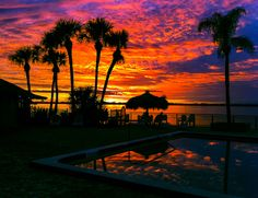 Sunset over the Indian River in Melbourne Beach Florida (by mbell1975)