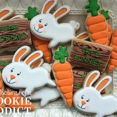 Easter Cookies preorders are up on the site for a limited time. Link in bio. Get em while you can!! #bunnycookies #chickcookies  #peeps #peepcookies #eastercookies #acookieaddict #edibleart #easterfood #decoratedcookies