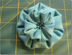 Miss Poodle's Fabric Flower Tutorial by Weddingbee