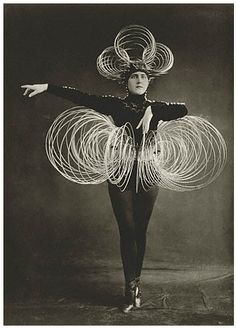Oskar Schlemmer, the fabulous Bauhaus lecturer for the stage workshop. A costume from his wonderful Triadic Ballet!