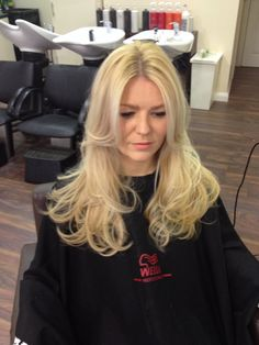 Blonde highlights Wella, Illumina colour, long hair  The hair lounge oldham