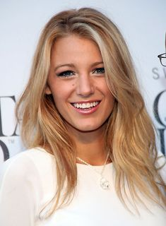 Blake Lively - Honey Blonde