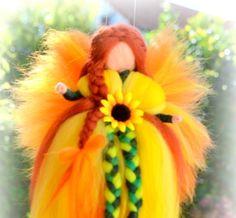 Jahreszeitentisch - !!!! ANGEBOT!!!!!! Sonnenblumenelfe - ein Designerstück von…