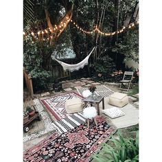 149 vind-ik-leuks, 1 reacties - THE SAVAGE REPORT (@the.savage.report) op Instagram: 'THESE SUMMER VIBES #garden #homedecor #interiordesign #menswear #blogger #festival #happy…'