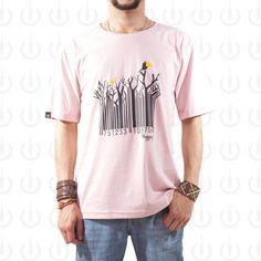 Camiseta 100% Algodão fio 30 penteado na cor salmão com estampa silk. O design da estampa retrata a realidade do mundo moderno, onde tudo é visto como uma potencial forma de ganhar dinheiro.