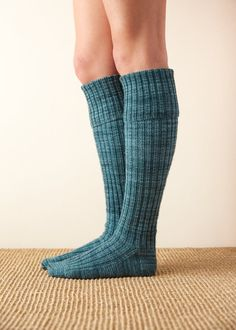 Ravelry: Very Long Socks pattern by Purl Soho Knitted Socks Free Pattern, Crochet Socks, Knitting Socks, Knitting Patterns Free, Knit Patterns, Free Knitting, Knitting Ideas, Knitting Projects, Purl Soho