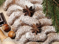 Medvedie labky Christmas Candy, Christmas Cookies, Deserts, Tasty, Healthy, Food, Kitchens, Xmas Cookies, Desserts