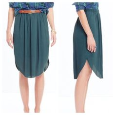"Madewell Island Midi Skirt Pull on tulip hem midi skirt. Two pockets. Worn around the waist (if worn around the waist it hits at your knees) the perfect ""simple"" piece! 25.5"" long. Madewell Skirts Midi"