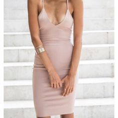 Dress from White Fox Boutique Blush color, size 4/small. Great dress, super cute and comfy! Never worn and the tags are still on it. Dresses Midi