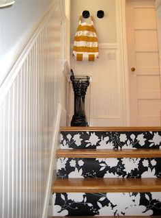 Wallpapered Stairs Very cool idea for adding color and design. Can be as inexpensive or fancy as you want depending on the cost of wallpaper used. Could also used he same idea for updating dressers and cabinets and doors or the back side book shelves. Wallpaper Stairs, Of Wallpaper, Wallpaper Designs, Style At Home, Refinish Stairs, Escalier Design, Sweet Home, Stair Risers, Staircase Railings