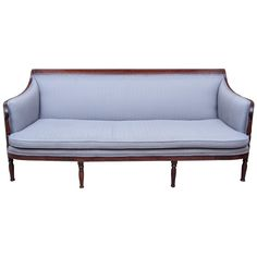 federalsofa in the sheraton manner - usa - c1810 - LENGTH: 6 ft. 8 in. (203 cm) DEPTH: 32 in. (81 cm) HEIGHT: 33.5 in. (85 cm) SEAT HEIGHT: 16.5 in. (42 cm)