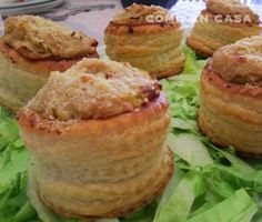 VOLOVANES RELLENOS DE POLLO Y BACON Appetizer Recipes, Appetizers, Vol Au Vent, Finger Foods, Biscotti, Muffin, Favorite Recipes, Treats, Cooking