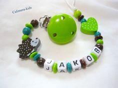Schnullerkette mit Namen - Igel braun + grün von Calimera-Kids - Schnullerketten auf DaWanda.com