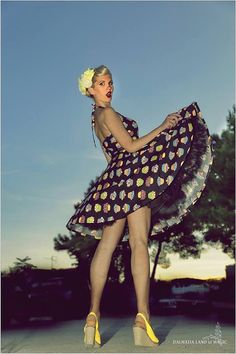 Cupcake Dress Rockabilly Dress Black Halter Vintage Pin Up Girl 50s Retro Psychobilly Gothic Lolita Steampunk Swing Party Plus Size Clothing