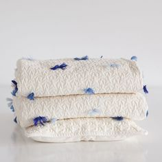 VELVET QUILT AND CUSHION COVER WITH POMPOMS - Special Prices   Zara Home United Kingdom
