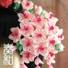 beautiful Tsumami Kanzashi, handcrafted japanese hairpieces