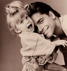 full house, michelle tanner and john stamos image on We Heart It Michelle Tanner, Oncle Jesse, Tio Jesse, I Smile, Make Me Smile, Paddy Kelly, Back In The 90s, Stock Foto, Film Serie