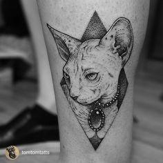 gatos esfinge tattoo - Buscar con Google