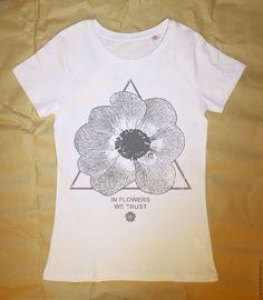 Купить Футболка In Flower We Trust - голубой, печать на ткани, печать на футболках