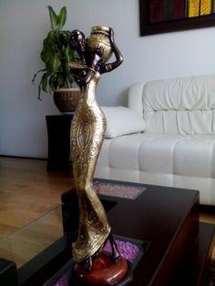 Avisos clasificados gratis - Vende lo que ya no usas | OLX African American Leaders, African American Art, African Art, Sculpture Art, Sculptures, African Dolls, Arte Popular, Black Women Art, Tribal Art