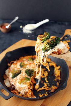 Cajun Broccoli Potato Noodle Pizza: Two Ways - Inspiralized (not strict Paleo) Sweet Potato Spiralizer Recipes, Sweet Potato Recipes, Healthy Food Blogs, Whole Food Recipes, Healthy Eats, Courgetti Recipe, Lentil Ragu, Sweet Potato Waffles, Sweet Potato Noodles