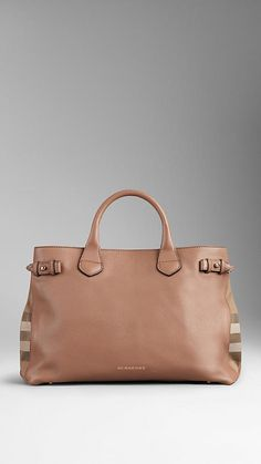 .burberryTHE MEDIUM BANNER IN LEATHER AND HOUSE CHECK$1,395.00 Item 39589811