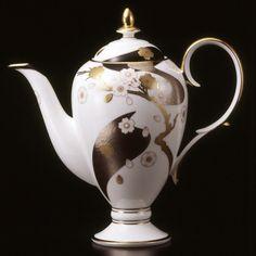 50 Coffeepots Ideas Coffee Pot Tea Pots Coffee Server