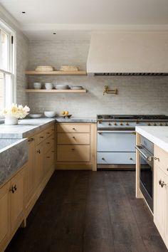 Designer Spotlight: m.elle design Kitchen And Bath, New Kitchen, Kitchen Dining, Kitchen Decor, Kitchen Cabinets, Kitchen Ideas, Family Kitchen, Kitchen Trends, Kitchen Sink