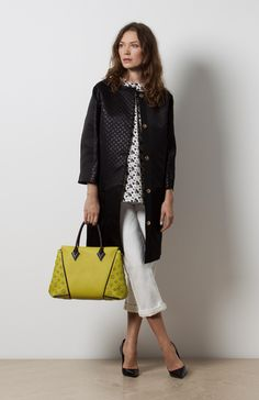 The Cruise and Icons collections mixed by the expert fashion editor and stylist Kim Hersov #LOUISVUITTON #MIXANDMATCH