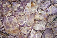#Amethystlight #precioustone #antolini The best varieties of Amethyst come from Brazil, Uruguay, the United States, Russia, Madagascar, India, Australia and South Africa.