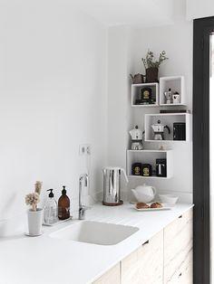 the amazing Ilaria Fatone's (new) kitchen.   (my) unfinished home