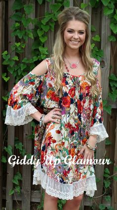 Gotta Be You Floral Cold Shoulder Dress with Ivory Lace Trim Trendy Outfits, Cool Outfits, Adventure Outfit, Giddy Up Glamour, Dress Me Up, Style Guides, Lace Trim, Floral Tops, Cold Shoulder Dress