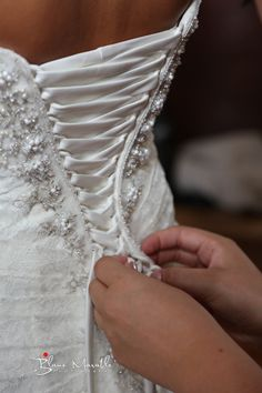 Love the detail of this picture of the bride getting ready! Blane Marable Wedding Photography Athens, GA UGA Chapel