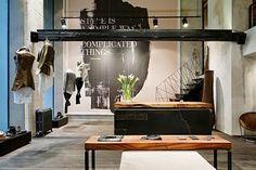 Magnifique espace pour un commerce de mode! #deco #naturel #industriel