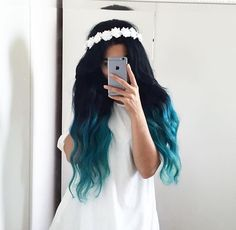 20 Balayage und Ombre Mermaid Hair Ideas To Rock - Frisuren - ombre haare Pretty Hair Color, Beautiful Hair Color, Beautiful Dream, Hair Dye Colors, Ombre Hair Color, Blue Ombre, Hair Colour, Teal Hair, Pastel Blue Hair