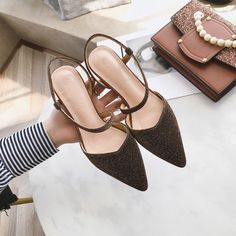 Golden Pointed Toe Chunky Heel Pumps
