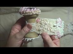 Snippet Roll and Needle Book - https://www.youtube.com/watch?v=glLqOxMJ03k #needlebook # snippetroll #needlecase