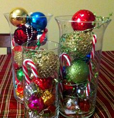 Tall Hurricane Vases with Baubles Office Christmas Party, Christmas In The City, Christmas Ideas, Merry Christmas, Christmas Table Centerpieces, Xmas Decorations, Centerpiece Ideas, Hurricane Vase, Holidays And Events