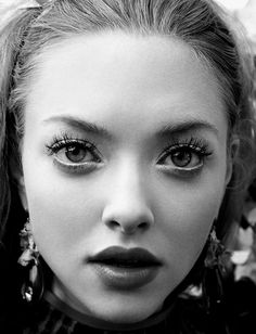 AMANDA SEYFRIED; I loved her in mean girls. I really don't get her as anything but Karen. She's very pretty though.
