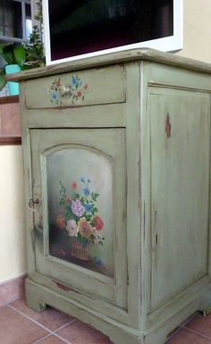 Painted furniture# florals in the home