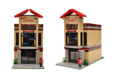 This is a great addition to any Lego city! Lego Mcdonalds, Mcdonalds Fast Food, Burger Restaurant, Fast Food Restaurant, Lego Pizza, Lego House, Custom Lego, Lego City, The Creator