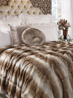 Homechoice Trinity Bedding All That Glitters Is Gold In