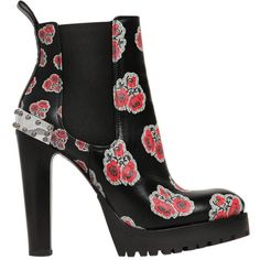 Alexander Mcqueen Women 130mm Flower Print Leather Boots (5,460 AED) ❤ liked on Polyvore featuring shoes, boots, rubber sole boots, real leather boots, floral shoes, leather platform boots and alexander mcqueen shoes