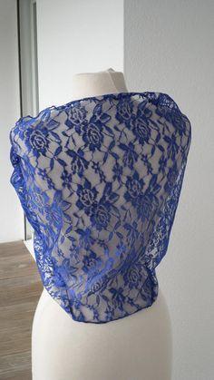 Etole écharpe foulard châle en dentelle pour femme  de coloris bleu roy  f1b3af696d0