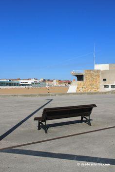 Poniente beach. Playa de Poniente #Gijon. Playas de #Asturias #España #Spain [Más info] http://www.desdeasturias.com/playa-de-poniente/