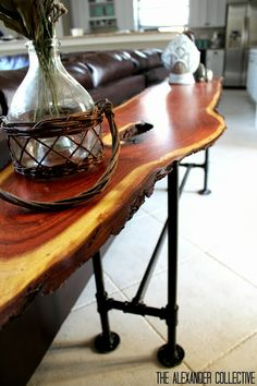 DIY Industrial cabin sofa table by thealexandercolle. DIY Industrial cabin sofa table by thealexan Pipe Table, Slab Table, Wood Table, Pipe Furniture, Furniture Projects, Home Projects, Furniture Refinishing, Table Furniture, Industrial Sofa Table